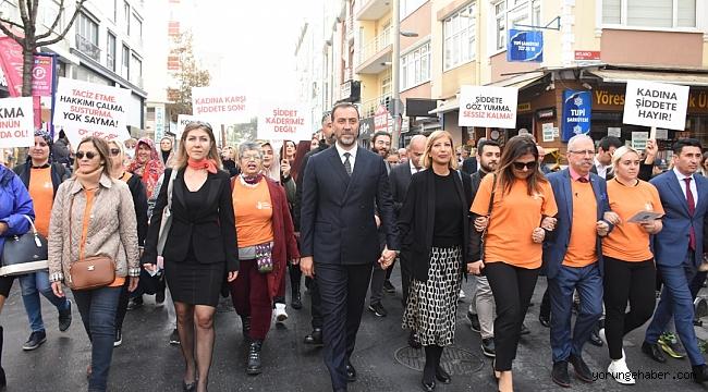 Silivri kadına şiddete karşı yürüdü
