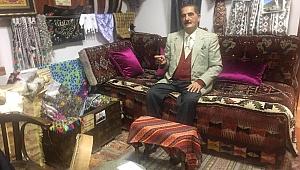 Ünlü Tekstilci Celal İlaldı'nın antika merakı