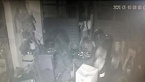 Silivri'de binlerce liralık hırsızlık kamerada