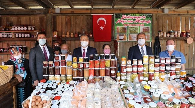 Vali Yerlikaya'dan köy pazarına tam not