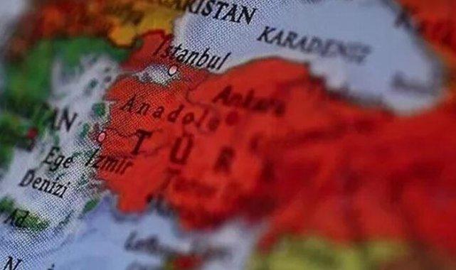 ABD'li siyaset bilimciden Türkiye'ye övgü
