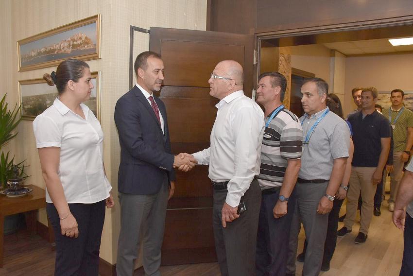 Başkan Yılmaz personeli ile bayramlaştı