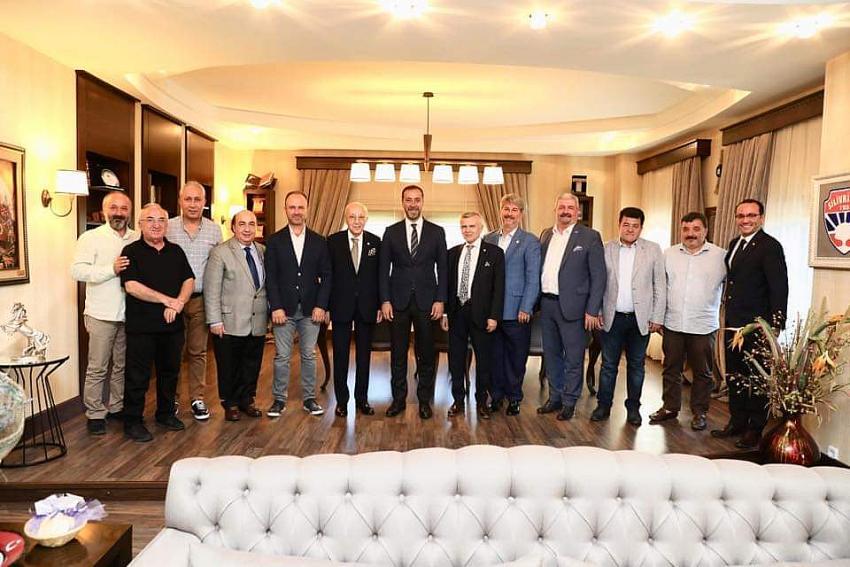 Fenerbahçe heyetinden Yılmaz'a ziyaret